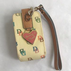 5/$20 Dooney & Bourke wristlet flip phone case